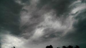 3 26 2015 eerie sky clouds 3